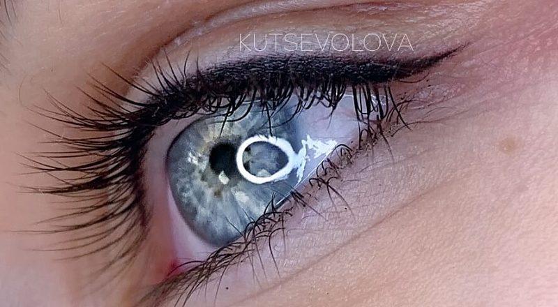 Есть ли противопоказания для татуажа глаз?
